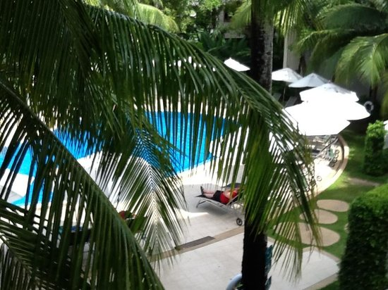 ibis Phuket Patong: Pool from Balcony