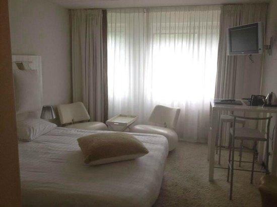 Fletcher Landgoed Hotel Avegoor : Onze white room in Avegoor