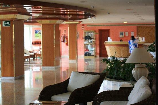 La Siesta Hotel  |  Av. Rafael Puig Lluvinan, 21, 38660 Playa de las Americas, Ténérife