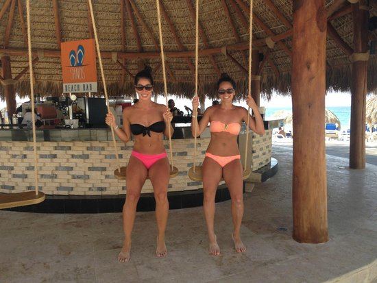 Memories Splash Punta Cana: beach bar