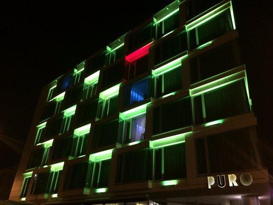 PURO Kraków Stare Miasto: Puro Hotel at night