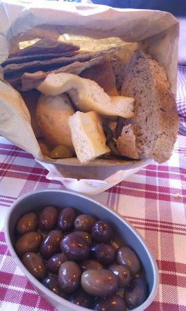 Tralalero: Assortiment de pains à grignoter