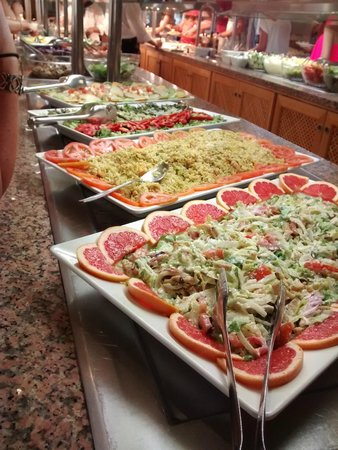 SuneoClub Haiti: Great food selection !