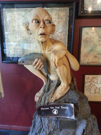 Wellington Rover Tours: Model of Gollum