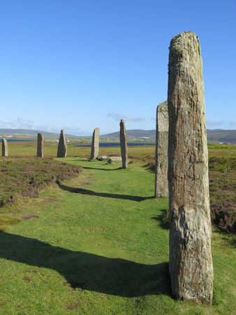 Orkney Archaeology Tours : Ring of Brodgar