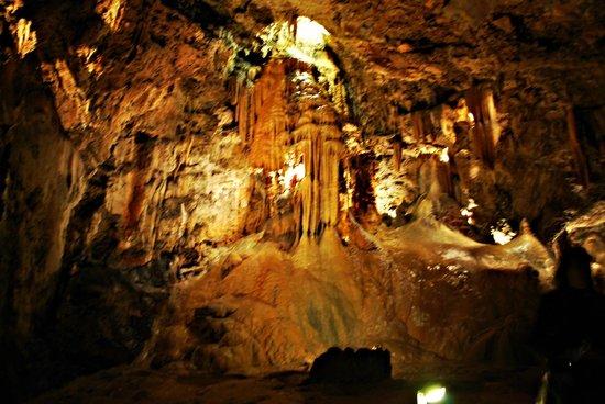 Valporquero - Foto de Cuevas de Valporquero, Valporquero de Torio - TripAdvisor