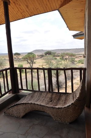 ‪‪Buffalo Springs Game Reserve‬, كينيا: Balkon met uitzicht‬