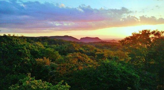 Paraguari, Paraguay: Atardecer en la Reserva Mbatovi, Paraguay