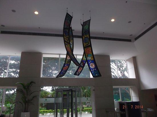Lemon Tree Hotel, Electronics City, Bengaluru: Hotel lobby decoration