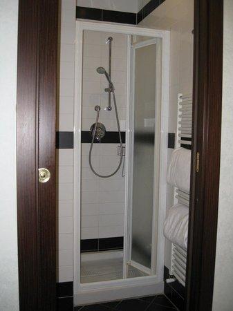 Hotel Duomo Firenze: La doccia