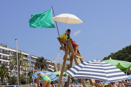 Lloret Beach : fachowa pomoc ratowników