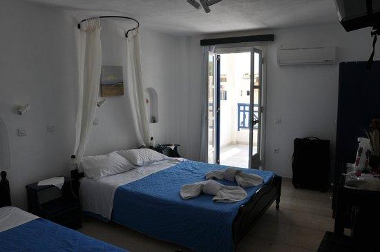 Aretousa Villas: Villa Aretousa, vårt rum (3 bäddar)