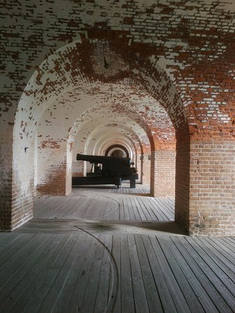 Fort Pulaski National Monument: Brick Arches and Cannon