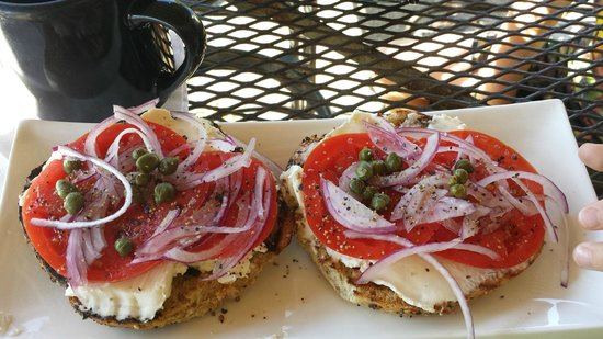 Positively 4th Street Cafe : the positively 4th street bagel