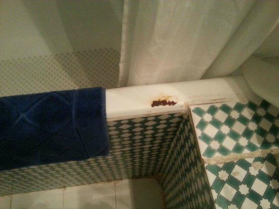Vasca Da Bagno Ruggine : Ruggine sulla vasca da bagno picture of tej marhaba hotel sousse