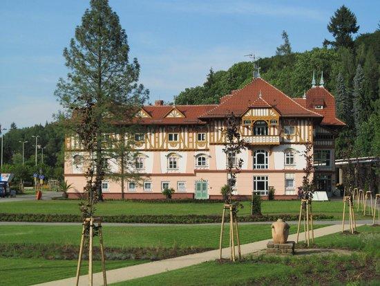 Jurkovicuv Dum Wellness Hotel: Hotel
