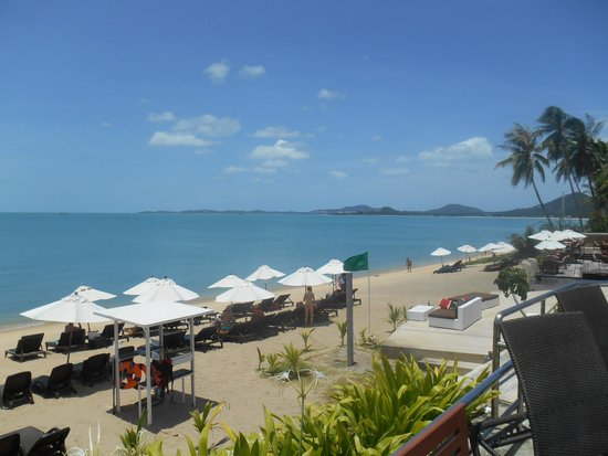Samui Buri Beach Resort: view from pool