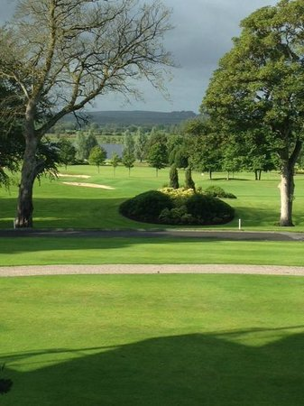 Slieve Russell Hotel Golf and Country Club: Over looking Golf Course