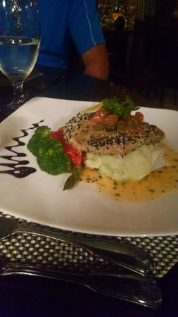 Edoardo's: tuna special
