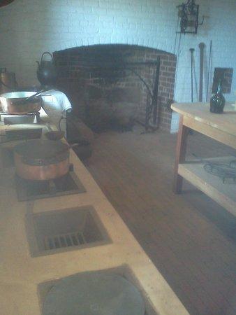 Thomas Jeffersons Monticello: kitchen