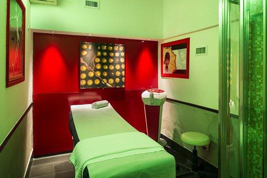 Cabina Estetica En Alquiler : Il centro benessere cabina estetica per i trattamenti del viso