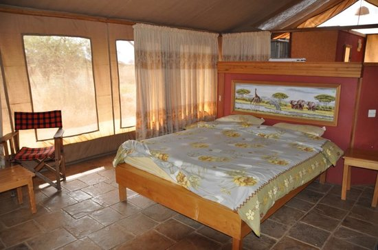 Sentrim Amboseli: Tent interieur