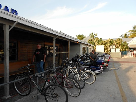 Half Shell Raw Bar: Bike parking in front