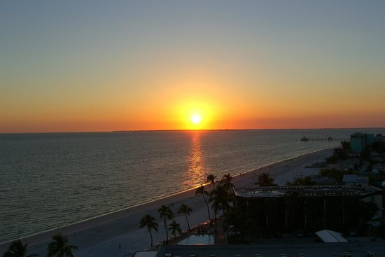 DiamondHead Beach Resort: Fort Myers Beach