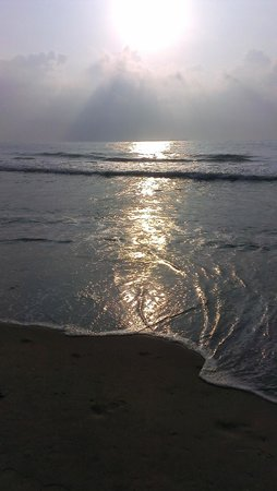 Marina Beach: Early morning Sun raise !!!