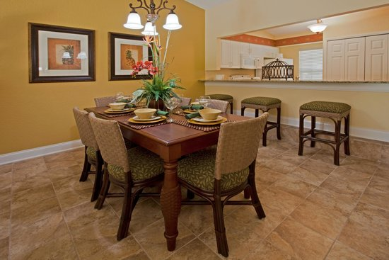 Holiday Inn Club Vacations Orlando - Orange Lake Resort: Separate dining area in your villa to gather around at