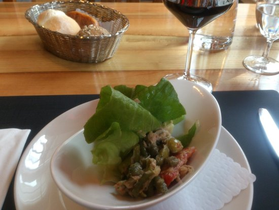 Restaurant Taverne - Hotel Interlaken: Interlaken - Restaurant Taverne - side salad (included in lunch)