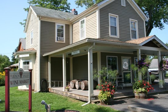 Gardiner, NY: An upscale, quaint and personal feel -