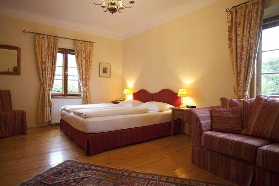 Renaissancehotel Raffelsbergerhof: Federspiel Suite