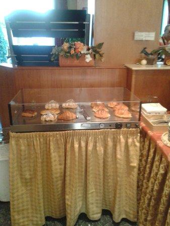 Hotel La Pace: colazione1
