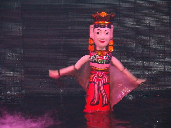 Thang Long Water Puppet Theater : Detalhe marionete Puppet show