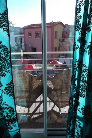 Villas D. Dinis: Balcony facing the pools