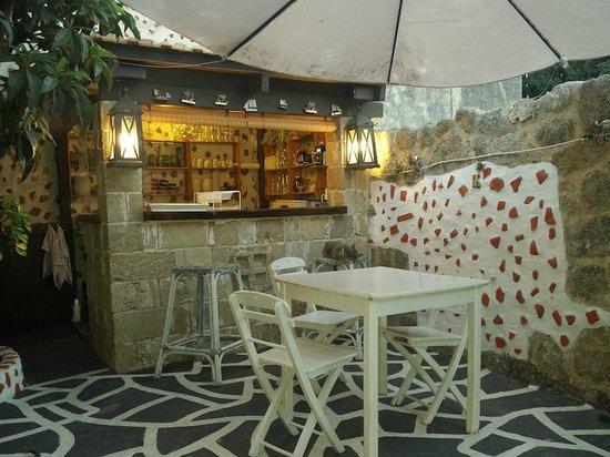 Hotel Attiki: bar