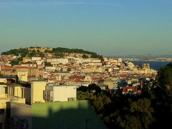 Ibis Lisboa Liberdade: That is pretty to wake up to every morning