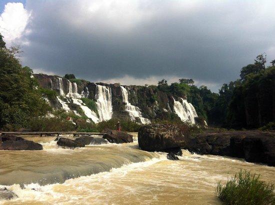Pongour Falls: вид