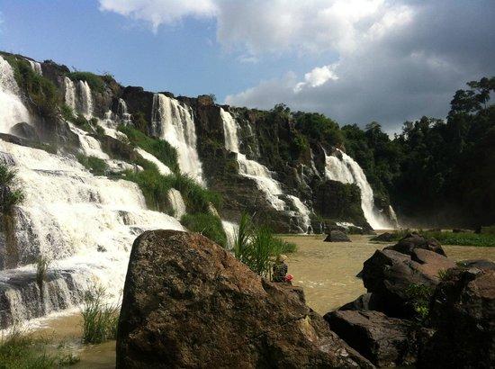 Pongour Falls: вид на водопад