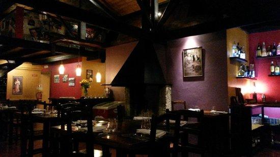 Restaurante Montanha: sala interior