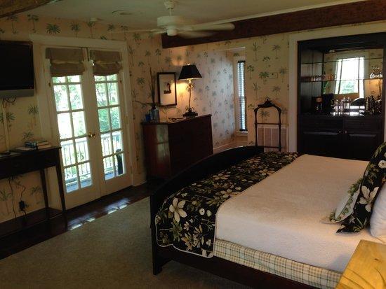 The Rhett House Inn: room 10