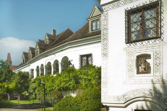 Renaissancehotel Raffelsbergerhof: Aussenfassade