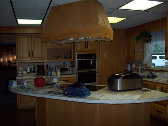 The Kitchen And Dining Rooms In The Adult Lounge Picture