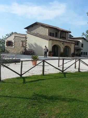 Agriturismo Borgo Umbro: Ingresso Borgo Umbro