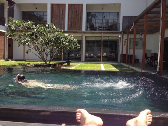 Eighth Bastion Hotel : Great pool time