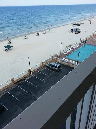 Hampton Inn Daytona Shores - Oceanfront: View of pool/beach from balcony of 6th floor room