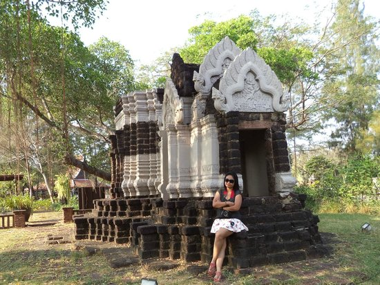 Ancient City (Mueang Boran): 3