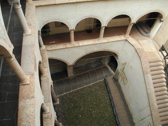 Castello del Buonconsiglio Monumenti e Collezioni Provinciali : scale