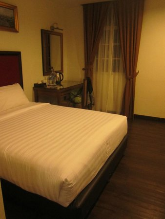Armenian Street Heritage Hotel: Double room 307